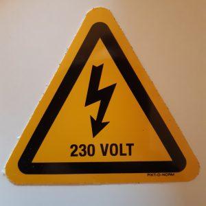 Sticker Gevarensymbool Elektriciteit – 230V